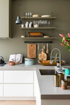 Green Kitchen Cabinets– Green is actually absolutely a lovely shade for your home kitchens. Olive Green Kitchen, Green Kitchen Walls, Kitchen Wall Colors, New Kitchen, Kitchen Dining, Kitchen Decor, Kitchen Cabinets, Kitchen Soffit, White Cabinets