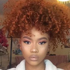 Beautiful! !! I want red headed babies with freckles!