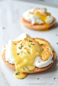 Eggs Benedict a la Oopsie Roll - perfect for an egg fast & ultra low carb, primal & gluten free!