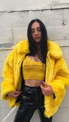 All the outfit is great except yellow fur. I prefer a motorcycle jacket instead of it