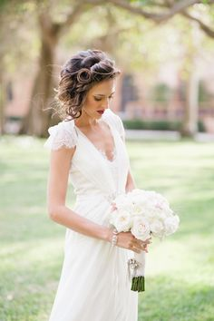 Beautiful Bride in #JennyPackham Gown | See the wedding on #SMP ~ http://www.stylemepretty.com/2013/12/13/sarasota-fl-wedding-at-ca-dzan-mansion/  Photography: Katie Lopez Photography