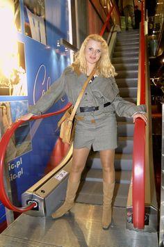 Rok 2003: Maria Sadowska Hosiery, Teak, Mario, Women Wear, How To Wear, Style, Fashion, Socks, Swag