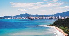 BALNEÁRIO CAMBORIÚ -  um dos destinos turísticos mais visitados do Brasil. Rodeada de belas praias, a cidade possui cenários ideais para apreciar a natureza e praticar atividades ao ar livre. No Parque Unipraias, que compreende as três estações por onde passa o teleférico, há trilhas para caminhada, um circuito de arvorismo que está entre os mais emocionantes do país e, inaugurado no verão de 2009, um radical trenó de montanha.