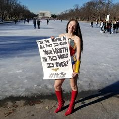 """Patrick Strange on Twitter: """"NRW's @wondrabread is at the @womensmarch and she met this awesome #wonderwoman #cosplayer, Hannah Aris! #metoo #SUBSCRIBE to https://t.co/vHo2LM8v4o for coverage from the #womensmarch event today! #NRW #cosplay #protest #womensmarch #WomensMarch2018 #WomensMarchDC… https://t.co/MYbe9LJG0X"""""""