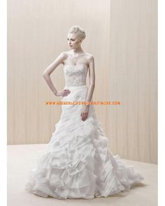 Wunderschöne Luxuriöse Brautmode aus Taft Meerjungfrau mit Ruffle und Schleppe
