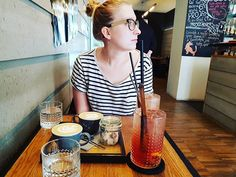 Pokec a gastro výlet v jednom :-D #vmelounovemcukru #brno #friends #coffee #capuccino #prosecco #cafe