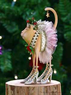 Buffy Cat Ornament