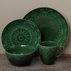 Tabletops Unlimited Morocco Green Dinnerware Set (totally lucked out and found these on clearance at Tuesday Morning! Brown Dinnerware, Casual Dinnerware, Dinnerware Sets, Ceramic Tableware, Ceramic Clay, Modern Cottage, Home Upgrades, Dinner Sets, Home Decor Inspiration