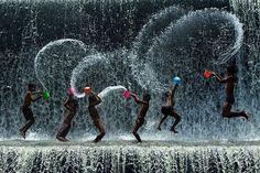 Rain deformed the color of the hour.    By Manoel de Barros, Brazilian poet.