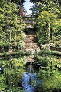 Edna Walling - SHERBROOKE : Historic Gardens remain as they were when she designed them in 1927 - Vita Sackville West, Gaudi, Beach Gardens, Outdoor Gardens, Landscape Design, Garden Design, Lancaster, Lenotre, Monet