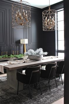 glam dining room design with blacks walls and wainscotting, modern dining room table with upholstered chairs, elegant dining room decor, glam dining room furniture Dining Room Colors, Dining Room Walls, Dining Room Sets, Dining Room Design, Dining Table, Black Dining Room Paint, Dining Room Paneling, Black Dining Set, Kitchen Dining