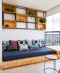 60 Stunning DIY Projects Pallet Sofa Design Ideas 38 – Home Design Cheap Home Decor, Diy Home Decor, Apartment Balcony Decorating, Cozy Apartment, Cheap Apartment, Apartment Balconies, Diy Casa, Pallet Sofa, Balcony Design