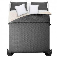 Čierno biely prešívaný prehoz na manželskú posteľ 200 x 220 cm - domtextilu. Hotel Bed, Bed Sets, Bedding Sets, Luxury, Furniture, Home Decor, Beautiful, Bed Linen, Home Furnishings