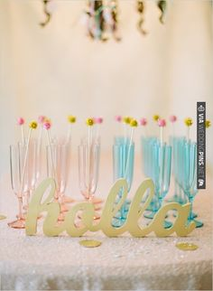 holla ... pink and blue champagne flutes | CHECK OUT MORE IDEAS AT WEDDINGPINS.NET | #weddingfood #weddingdrinks