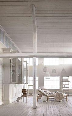 White loft //