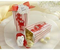 Celebrate the mom to be with about to pop favor boxes. These popcorn boxes from Kate Aspen are fun favors for a circus or carnival themed baby shower. Baby Favors, Baby Shower Favors, Baby Shower Themes, Baby Shower Gifts, Baby Gifts, Shower Prizes, Shower Games, Pop Baby Showers, Baby Shower Parties