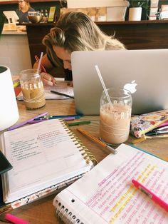 College Aesthetic, Study Organization, School Study Tips, Study Space, Study Areas, Study Hard, School Notes, Studyblr, Study Notes