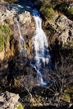 Localizada em pleno coração da Serra da Lousã, a ribeira das Quelhas é uma ribeira que nasce e precipita-se ao longo da vertente Sul da cumeada do Santo António da Neve. Com um percurso muito curto...