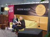 """DIE WASNEIRN Bühne mit dem Wortfestival LITERASEE. Edith Kneifl las aus ihrem neuen Roman """"Tot bist du mir lieber. Die Drei vom Naschmarkt ermitteln"""""""" Time Out, Authors, Literature, Reading"""