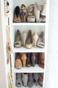 Most GENIUS way to store shoes...DUH!!!!