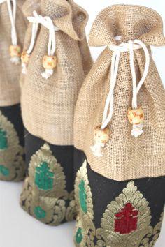 Burlap Wine Bag Ecofriendly Jute Gift Black by ShivamCreations, $9.00