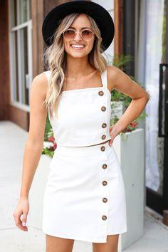 Teen Fashion, Womens Fashion, Fashion Trends, Mens Fashion Summer Outfits, Young Fashion, Modern Fashion, Fashion Ideas, Cute Summer Dresses, Summer Skirt Outfits