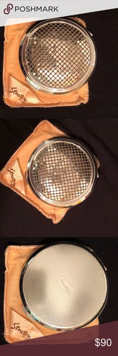 Vtg. STRATTON MESH COMPACT STILL IN BOX Unused still in box with pouch. Silver mesh Stratton compact made in England Vintage Bags Cosmetic Bags & Cases