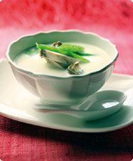 Tom kha gai -kanakeitto Tea Cups, Pudding, Tableware, Desserts, Food, Tailgate Desserts, Dinnerware, Deserts, Custard Pudding
