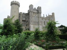 Arundel Castle Arundel Castle, The Beautiful Country, Barcelona Cathedral, England, Explore, Travel, Viajes, Destinations, Traveling