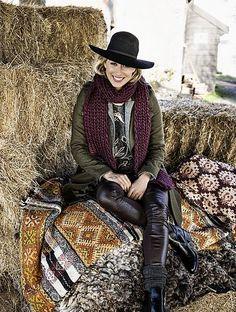 uit Libelle 08-2015 Farm Living Fotografie: Sjoerd Eickmans Styling: Moniek Visser Farms Living, Mcdonalds, Cowboy Hats, Label, Hipster, Style Inspiration, Rustic, Country, Fashion