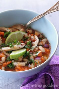 Gluten-Free Chicken Chili with White Beans, Sweet Potato and Lime by Gluten-Free Goddess. Karina's best chicken chili with ginger, sweet potato, fresh squeezed lime juice, and citrusy cilantro. Gluten Free Soup, Gluten Free Chicken, Dairy Free Recipes, Healthy Recipes, Healty Meals, Healthy Dinners, Chili Recipes, Soup Recipes, Chicken Recipes
