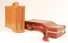 Next time you're in the market for a new suitcase, forget Tumi. How about something from the Williams British Handmade range, the most extraordinary limite Best Luggage, London College Of Fashion, Vintage Suitcases, Almost Perfect, Custom Leather, Handmade Bags, Leather Working, Briefcase, Travel Bags