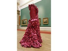 SUSIE MACMURRAY , Gladrags 2002    10,000 fuschia pink balloons, rug underlay    collection of Pallant House Gallery, Chichester