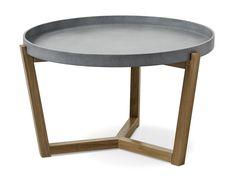 Flexa är ett soffbord i skandinavisk stil med enkel och genomtänkt design. Det har underrede i lackerad massiv ek med brickliknande bordsskiva. Skivan är vändbar och finns vitlackerad eller betonggrålackerad. För att efterlikna betong är alla grå skivor unika med lite skiftningar för att få till det rätta utseendet. Flexa passar bra med både våra skandinaviska och moderna soffor. Soffbordet finns även i en mindre storlek.