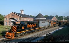 RailPictures.Net Photo: WLE 3102, WLE 6349, Wheeling & Lake Erie EMD SD40-2 at Martinsburg, West Virginia by Jon Wright