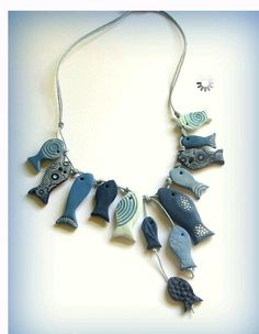 Polymer Clay Fish Necklace by SandrArts Polymer Clay Kunst, Fimo Clay, Polymer Clay Projects, Polymer Clay Creations, Clay Beads, Polymer Clay Fish, Polymer Clay Necklace, Cute Necklace, Collar Necklace