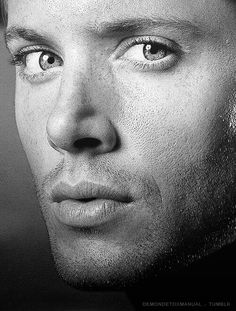 Dean Winchester (Jensen Ackles) *swoon*