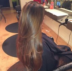Don't cut your hair Natalie! Don't do it! This is my goal right here