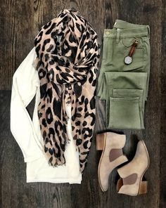 Ivory sweater, leopard scarf, olive pants and booties Mode Outfits, Casual Outfits, Fashion Outfits, Womens Fashion, Cardigan Outfits, Fashion Scarves, Dress Casual, Fall Winter Outfits, Autumn Winter Fashion