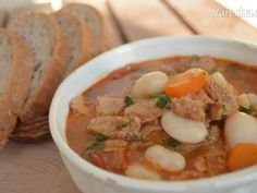 Craft Cheeseburger Chowder, Thai Red Curry, Hamburger, Pizza, Soup, Ethnic Recipes, Burgers, Soups