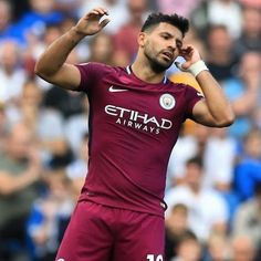City well on top but no goals at the Amex at the break. Soccer Guys, Football Boys, Football Players, Sergio Aguero, Kun Aguero, Hottest Guy Ever, Men In Uniform, Neymar Jr, Manchester City