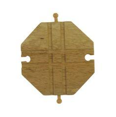 Rails Kruisingplateau BigJigs BJT105. Het merk Big Jigs heeft een mooi uitgevoerd houten treinprogramma dat zeer compleet is.Het sluit primaaan optreinsystemen van andere fabrikanten.Dit setje rails bestaat uit1 stukskruisingplateau. Geschikt voor kinderen vanaf 3 jaar. - BigJigs houten Rails Kruisingplateau