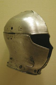 Italy (Milan: Missaglia workshop), ~1460; the visor is missing. Metropolitan Museum NY, Chalcis find
