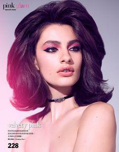 Диана Сильверс в стиле шестидесятых в Vogue Taiwan