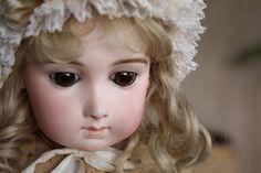 JUMEAU Triste Long Face size 9 - Castellidoll