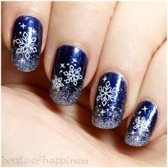 I'm dreaming of a white Christmas Winter Wedding Nails, Winter Nail Art, Winter Nails, Christmas Nail Art, White Christmas, Get Nails, Hair And Nails, Paris Magic, Fingernails Painted