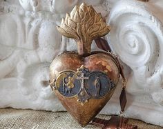 Gorgeous Ex Voto Sacred Heart, Hinged, Opens to Secret Compartment, Prayer Remnant, Salvaged Rosary Pieces