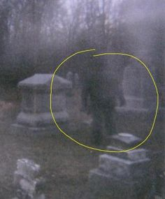 Looking for real ghosts videos and photos? Here is a collection of popular ghost pictures and ghost videos. You can also share your own photos, videos and comments. Join the Unexplained Mysteries :: Real Ghosts forum! Ghost Images, Ghost Photos, Real Ghost Pictures, Spooky Places, Haunted Places, Ghost Sightings, Unexplained Phenomena, Unexplained Mysteries, Ghost Hauntings