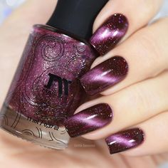 Create stunning nail art with this deep red magnetic polish filled with holographic flakes. Collection: Precious Stones Beautiful nails by sveta_sanders, tanya_wish and helene_____b