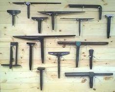 Blacksmith Power Hammer, Blacksmith Forge, Hobby Tools, Diy Tools, Sheet Metal Tools, Forging Tools, Wood Turning Lathe, Blacksmith Projects, Metal Working Tools